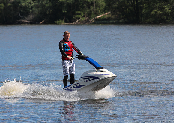 Auto insurance in Burlington, IA for water sports