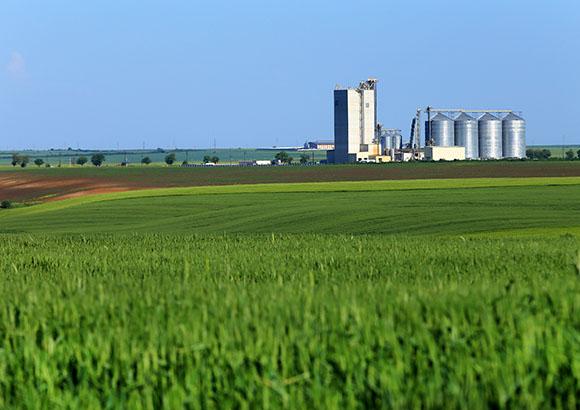 Farm Insurance in Galesburg, Burlington IA, Stronghurst IL